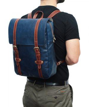 Leder Rucksack Urban blau Outfit Mann