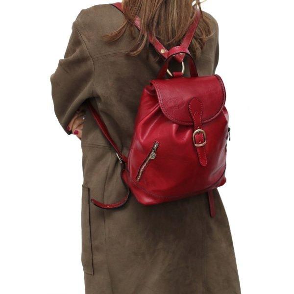 kleine leder rucksäcke damen rot outfit mädchen