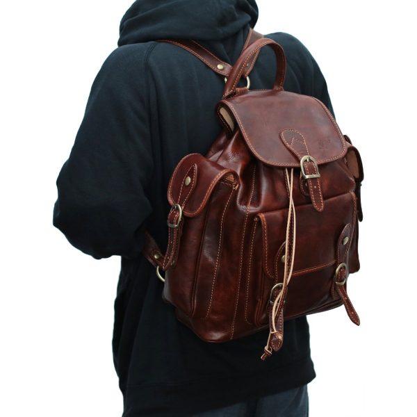 leder rucksack unisex italy outfit mann